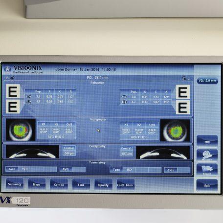 ark-VX120-ecran-blanc-refraction-visionix